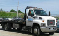 Hood's Automotive & Towing Towing Company Images